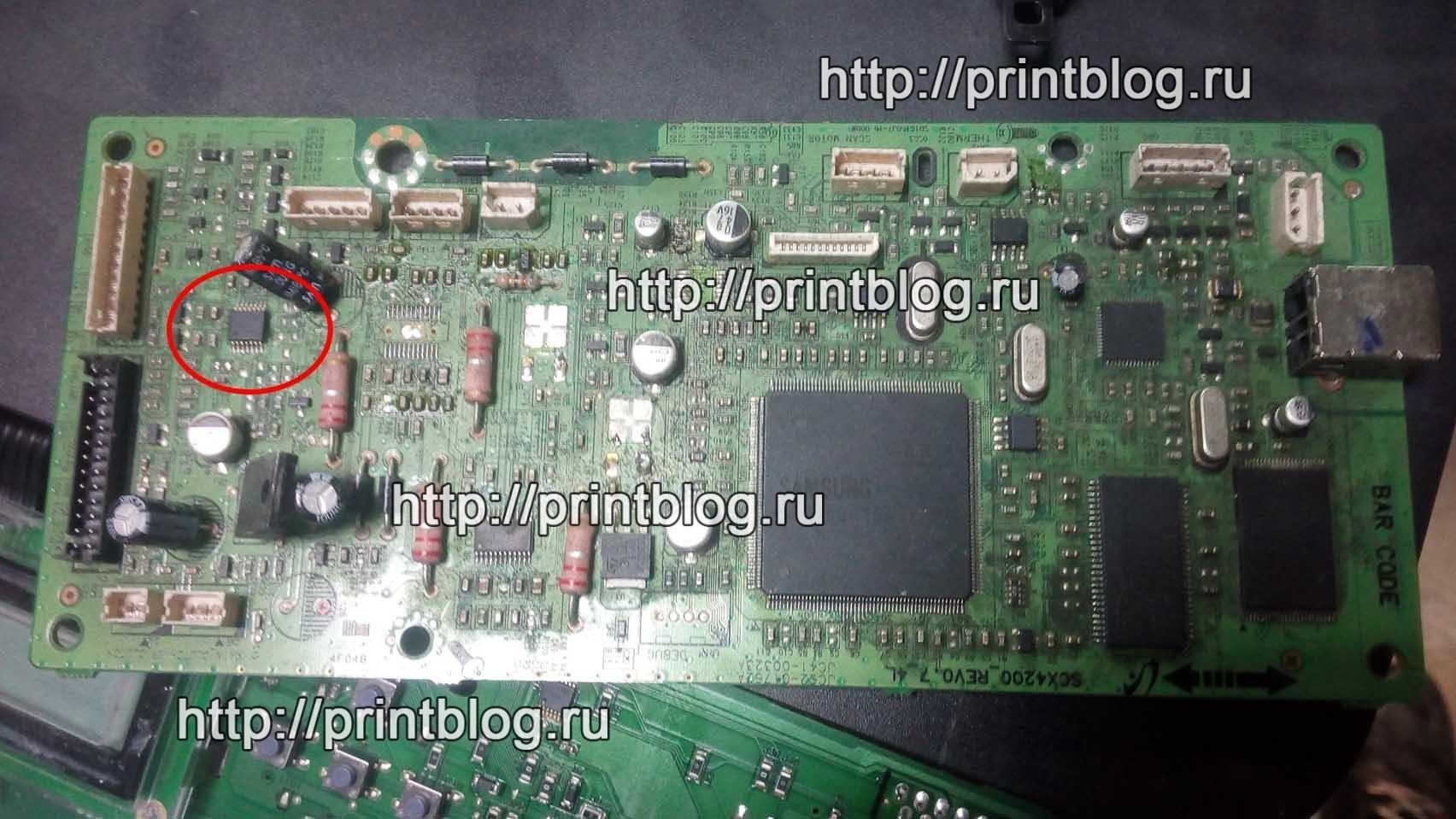 Сложный ремонт Samsung M2070, не включается, не определяется компьютером, черные квадраты на экране